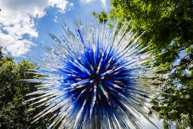 an exhibit of fantastic glass sculptures will be at the new york botanical garden this spring