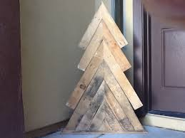 diy pallet wood christmas tree how to rustic xmas decor holiday decoration you