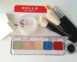 warm body bos makeup kit