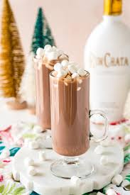 This homemade creamer perfectly mimics that taste and it's super fast and easy to make. Rumchata Hot Cocoa Cocktail Recipe Sweet Cs Designs
