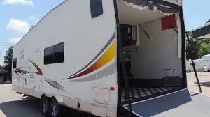 nice big 33 2004 vortex 293vtb toy hauler sleeps 8 w 5500 watt onan generator