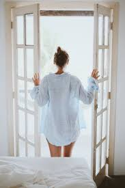 5 No-Fail Tips For Becoming a Morning Person | Loving your body, Body, Body  oil