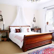 interior design bedroom furniture inspiring good. Bedroom With Sleigh Bed, White Walls And Neutral Carpet Interior Design Furniture Inspiring Good