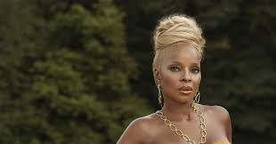 <b>Mary J</b>. <b>Blige</b> Talks Black Lives Matter and the Importance of Self-Love