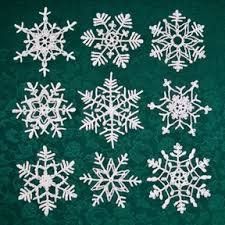 Crochet Snowflake Pattern Stunning Stiffening Crocheted Snowflakes Crafts Holiday Pinterest
