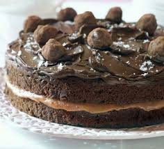 Hannah Obee s Salted caramel chocolate cake recipe