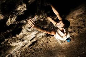 Risultati immagini per scalatore grotte