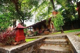 Di luar area wisata pemandian ada fasilitas lain yang bisa digunakan, di antaranya yaitu adanya penginapan. Resort Prima Sangkanhurip Kuningan Harga Hotel Terbaru Di Traveloka