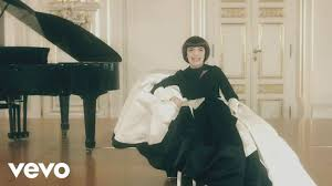 <b>Mireille Mathieu</b> - <b>Mes</b> Classiques Album Presentation (Making of ...