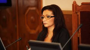 Беременную четвертым ребенком ректора РГСУ уволили за плагиат в  Беременную четвертым ребенком ректора РГСУ уволили за плагиат в диссертации