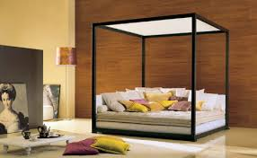 The Ginevra Canopy Bed