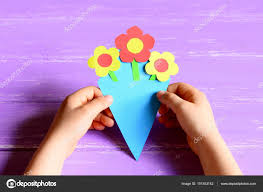 How To Make A Simple Paper Flower Bouquet Small Child Made Paper Flowers Crafts For Mothers Day Or