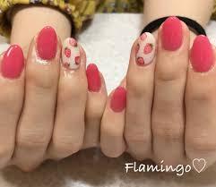 Flamingoさんのネイルデザイン Strawberry Tredina