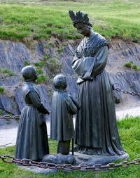 19 septembre 1ère apparition de Notre Dame de la Salette Images?q=tbn:ANd9GcSCvh-BdvsNcNqqSMUZuwROxeevHySmH857seXlxEBqOlBJ8H6Y