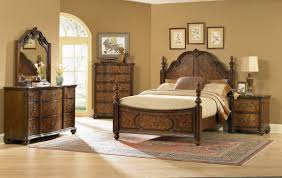 Pulaski Bedroom Furniture Pulaski Furniture Ashton Park Crown Bedroom Set