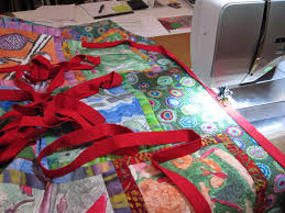Cheeky Cognoscenti: Wrapping Up Loose Edges: Binding the 5th Grade ... & Wrapping Up Loose Edges: Binding the 5th Grade Raffle Quilt Today Adamdwight.com