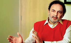 Senior Journalist Prannoy Roy with wife booked by CBI - NP News24