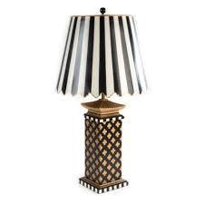 275 00 quatrefoil table lamp large