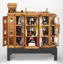 making dolls house furniture. Diy Dolls House Furniture, Doll House, Houses, Miniature Dollhouse Ideas, Miniatures, Beautiful Dolls, Antique Making Furniture