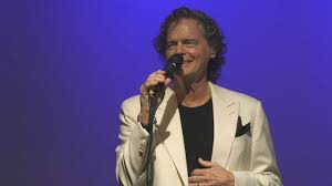 B.J. Thomas Unplugged - March 3, 2019 - YouTube