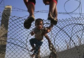 Resultado de imagen de vallas anti refugiados