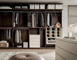 walk closet. WD 58 Walk Closet
