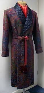 New & Lingwood Men's dressing gown | Gentlemen's Accessories ... & A quilted dressing gown - paisley pattern in deep jewel tones Adamdwight.com