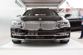 2016 BMW 7 Series Ready to Compete With the Mercedes-Benz S-Class ...