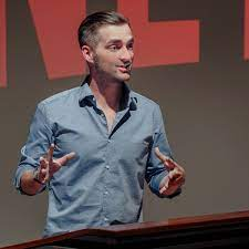 Jay Phelps – Medium