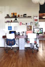 home office desk for two. casual and cozy this freelancing couple didnu0027t have much room in their apartment for a home office but they managed to create one desk that works both two
