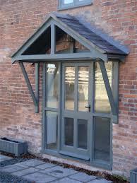 front door canopyThis small overhang would go great over my back porch doorway