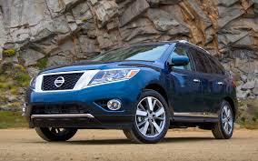 2013 Nissan Pathfinder 4WD Platinum First Test - Truck Trend