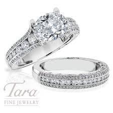 tacori diamond enement ring in platinum 90 tdw with matching band 55