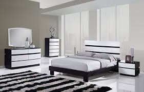 galery white furniture bedroom. Bedroom:Fantastic Mid Century Black And White Bedroom Design With Bay Windows Tuft Bed Galery Furniture E