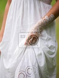 Fototapeta Bílé Henna Tetování Na Ruce Krásné Indiánské Ozdoby Mehendi