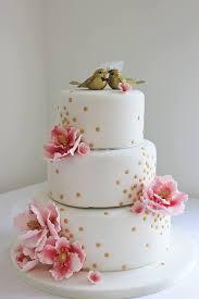28 Gorgeous Wedding Cakes From Irish Cake Makers Weddingsonline