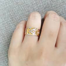 chanel ring. gold chanel ring