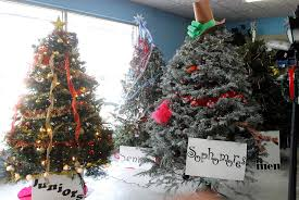 akron hardware. akron hardware sponsors christmas tree decorating contest - news-reporter
