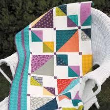 Mix It Up: Weekend Fat Quarter Lap Quilt Pattern - The Quilting ... & Mix It Up: Weekend Fat Quarter Lap Quilt Pattern Adamdwight.com