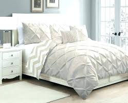 pinch pleat duvet cover pin tucked duvet white duvet cover duvets pinched pleat how to make