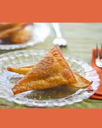 Wontons sweet desserts tray beef meals fresh baking breakfast food. Sweet Pumpkin Fried Wonton Desserts Steamy Kitchen Recipes Giveaways