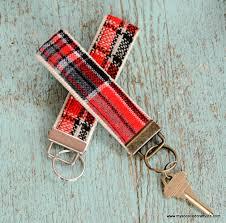 Best 25 Christmas Craft Fair Ideas On Pinterest  Craft Fair Easy Christmas Craft Ideas To Sell