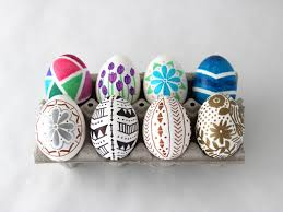 how to decorate easter eggs with permanent marker