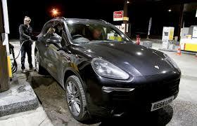 2015 Porsche Cayenne S Diesel V8 4.2 road test - 385hp Eurostar ...