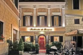 Die spanische treppe in rom ist eine der bekanntesten freitreppen der welt. Nettes Kleines Hotel Direkt Neben Der Spanischen Treppe Hotel Scalinata Di Spagna Rom Bewertungen Tripadvisor