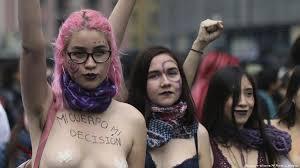 Resultado de imagen para Piñera no sabe como parar la ola feminista chilena
