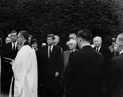ar l president john f kennedy and first lady jacqueline  ar7579 l president john f kennedy and first lady jacqueline kennedy attend funeral of eleanor roosevelt in hyde park new york