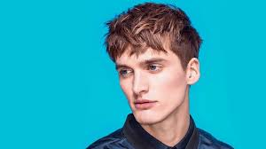 15 Sexy French Crop Haircuts for Men in 2021 - The Trend Spotter