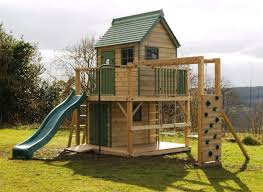free standing tree house plans this free standing treehouse makes