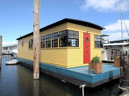 Houseboats In Seattle Nick Of Time Seattle Houseboat 259000 Sold 2014 By Special